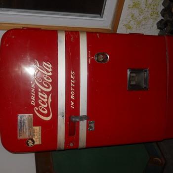 Classic Coke Machine - Coca-Cola
