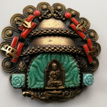 Art deco czech chinese style pagoda/Buddha brooch - Costume Jewelry