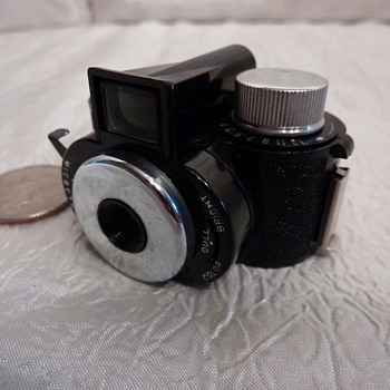 Whittaker Pixie Flash - Cameras