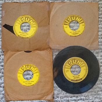 Vintage: Elvis Presley Four Of Five Sun Label 1954 45 Vinyl Release Songs
