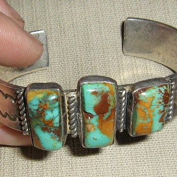 King's Manassa Mine? Navajo bracelet - Native American
