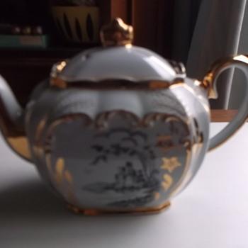 Light Grey & Gold/Gilt Teapot - hidden away in a cupboard - China and Dinnerware