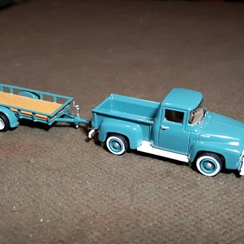 Greenlight 1954 Ford F-100 with Utility Trailer 1/64 Scale - Model Cars