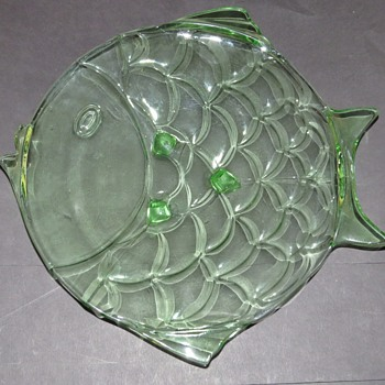 Large Stolzle Hermanova Green Glass Fish Place - Art Glass