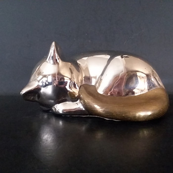 Chrome plated cast iron cat with brass accents. - Animals