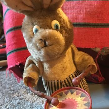 Little drummer rabbit.  - Toys
