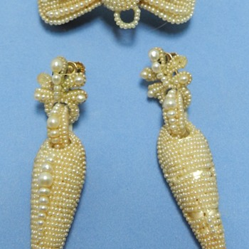 Weird Victorian Seed Pearl + Human Hair + Mother Pearl Brooch Earring Set - Fine Jewelry