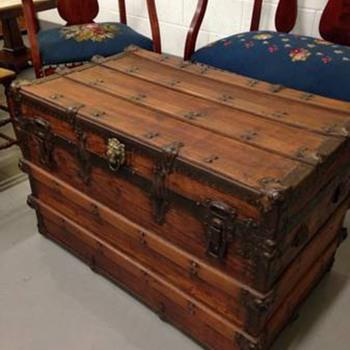 Restored trunk  - Furniture