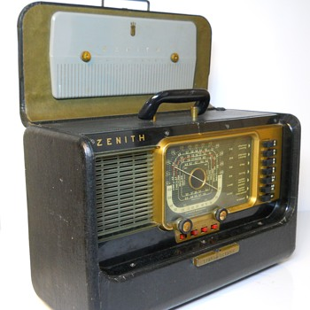 "Zenith Shortwave Radio""Model H500"" Circa 1951 - Radios"