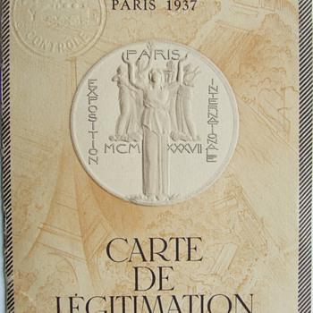 1937 Exposition Internationale des Arts et Techniques dans la Vie Moderne Ligitimate Card - Paper