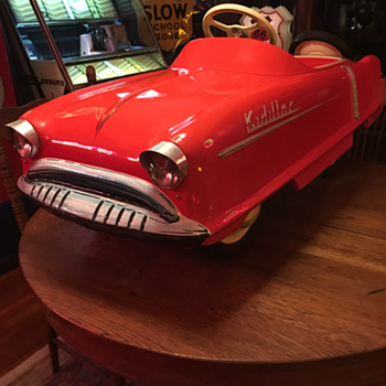 Personal Touch on The 1950's Garton Kidillac Pedal Car   - Model Cars