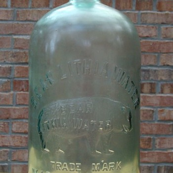 BEAR LITHIA WATER NEAR ELKTON, VA  Early, Blob Top Variant?? - Bottles