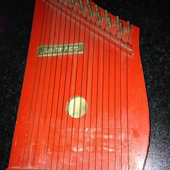 My little red harp