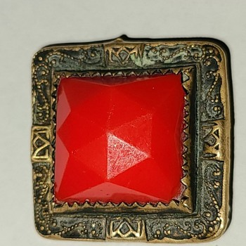 ANTIQUE PIN JEWELRY WITH RED STONE - Costume Jewelry