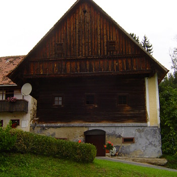 Old house ( first mentioned in 1414! ) in Stockheim. - Photographs