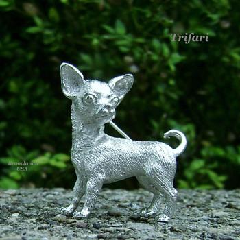 Crown Trifari Chihuahua - Animals