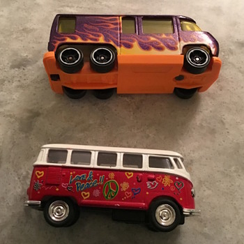 Cars one is hot wheels the other is Kingsmart - Model Cars