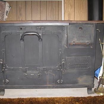 Wedgewood woodburning commercial (?) range/oven