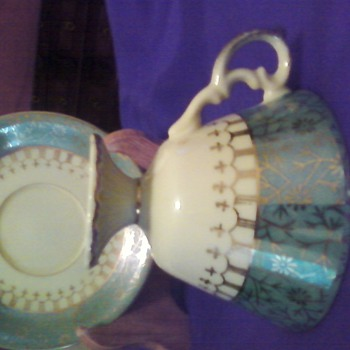 cup and saucer - China and Dinnerware
