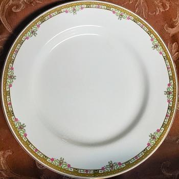 China  - China and Dinnerware