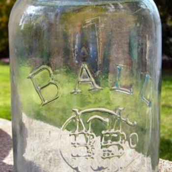 Buffalo, NY Jars! - Bottles