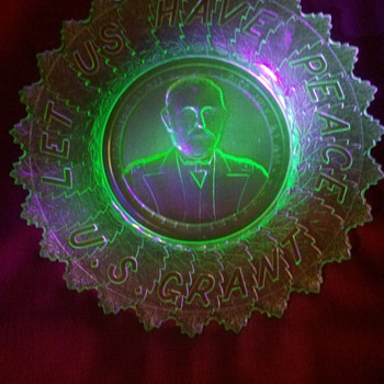"""""""Let Us Have Peace"""" Ulysses S. Grant vaseline collector's plate - Glassware"""