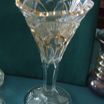 ID Needed.. Glass wine, vase gold fleur de lis, sawtooth, pineapple fan heavy - Glassware