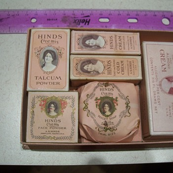 1920 HINDS CREAM SAMPLE PACKAGE