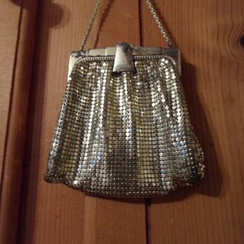 My Thrifted Whiting & Davis mesh mini - Bags