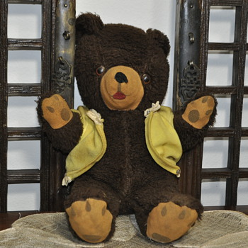 Musical bear  - I am stock on bears. I had found this brown bear recently, as well. - Toys