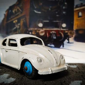 Volkswagen Beetle by Dinky Toys - Model Cars