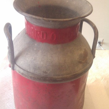 standard indiana 5 gallon oil/milk can - Petroliana