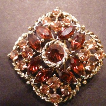 Weiss autumn colors brooch - Costume Jewelry