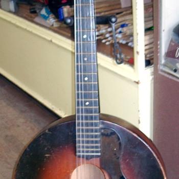 Round Archtop Gretsch Mystery - Guitars