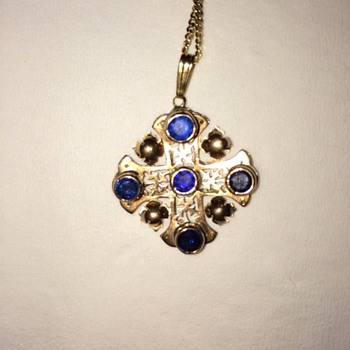 sapphire and gold cross  pendant - Fine Jewelry