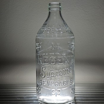 1962 Regent Supreme Beverages Soda Bottle Glenshaw Glass Embossed Clear Pint NDNR - Bottles