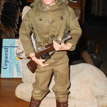 1964 GI Joe Action Soldier Super Clean - Toys