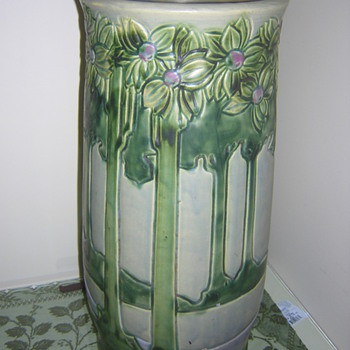 Roseville Vista Umbrella Stand - Pottery
