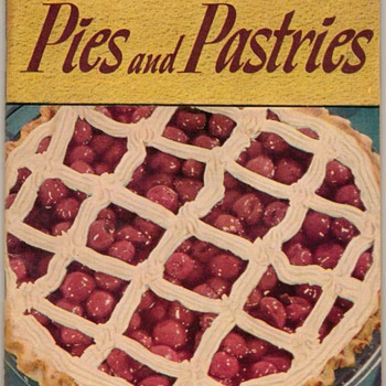 "1949 - Recipe Booklet ""Pies & Pastries"" - Books"