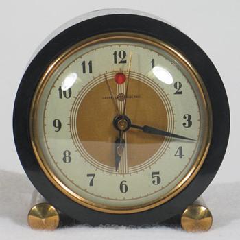General Electric 7F72 'Heralder' Alarm Clock - Clocks