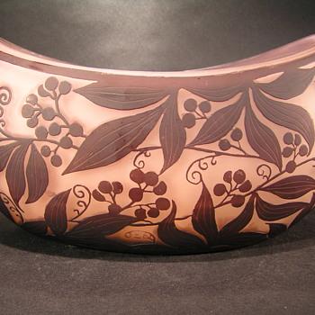 Cameo Art Glass bowl - Art Glass