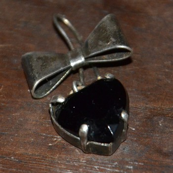 Mourning Pin / Earring?