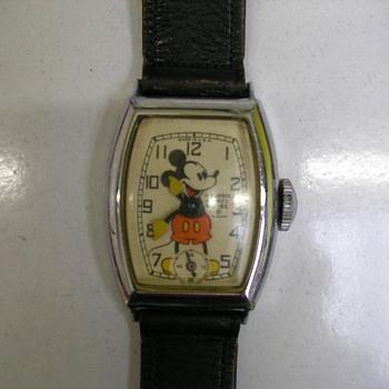 Plain Tonneau Case Mickey Mouse Watch - Wristwatches