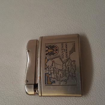 Vintage lord lighter - Tobacciana