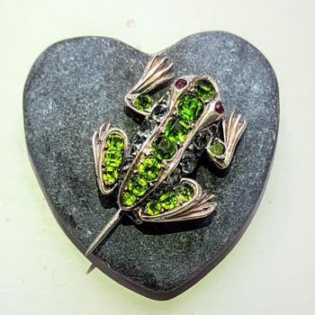 Antique french silver and paste frog brooch, Auguste Besson.