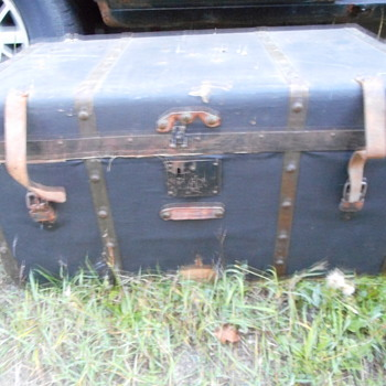 Issac Libbey Trunk... - Furniture