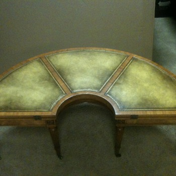 Heirloom Wieman Table - Furniture