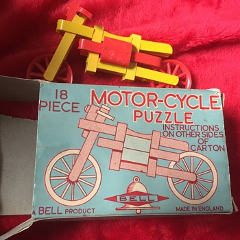 Bell motorcycle puzzle - Toys