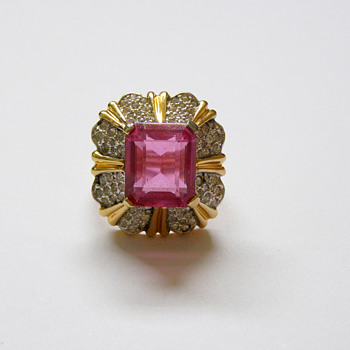 Vintage Joseph Mazer JOMAZ Pink Rhinestone Cocktail Ring - Costume Jewelry