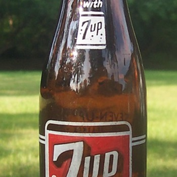 Amber soda bottles! 7up & Pepsi! - Bottles